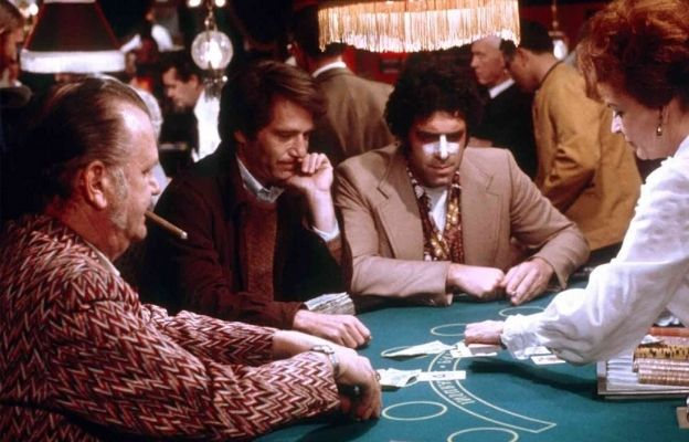 casino scams Special Contact Lenses and Invisible Ink